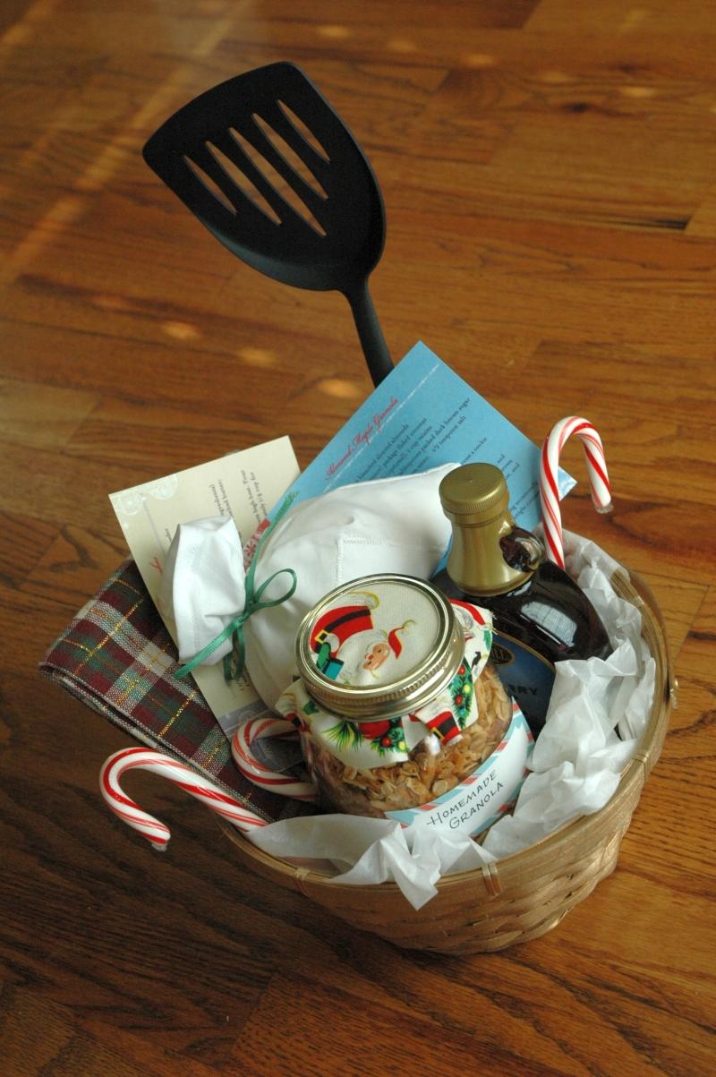 Bubbachic homemade christmas gift baskets breakfast basket homemade solutioingenieria Choice Image