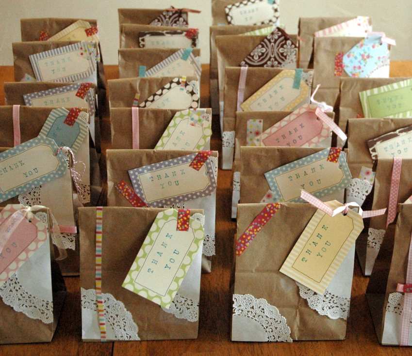 brown bags for gifts