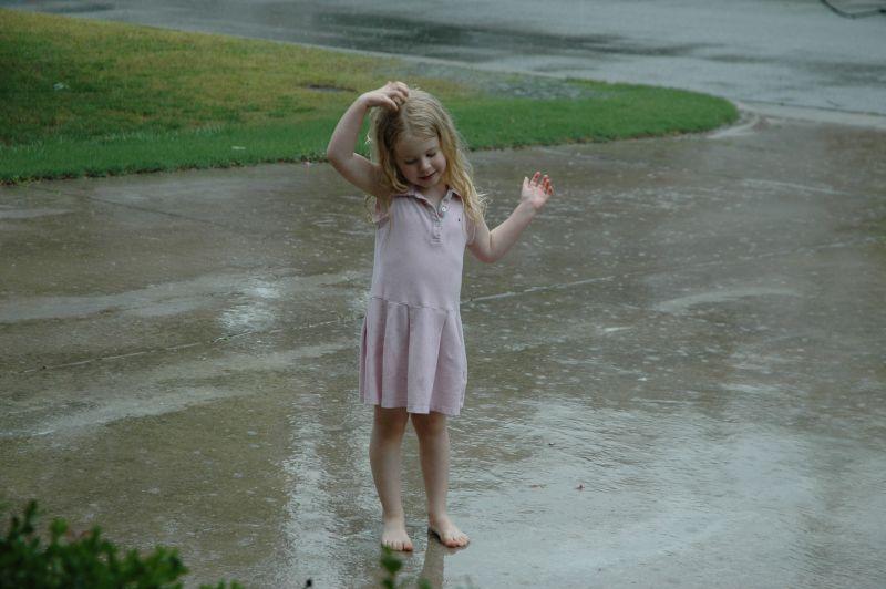 Maddy_in_rain