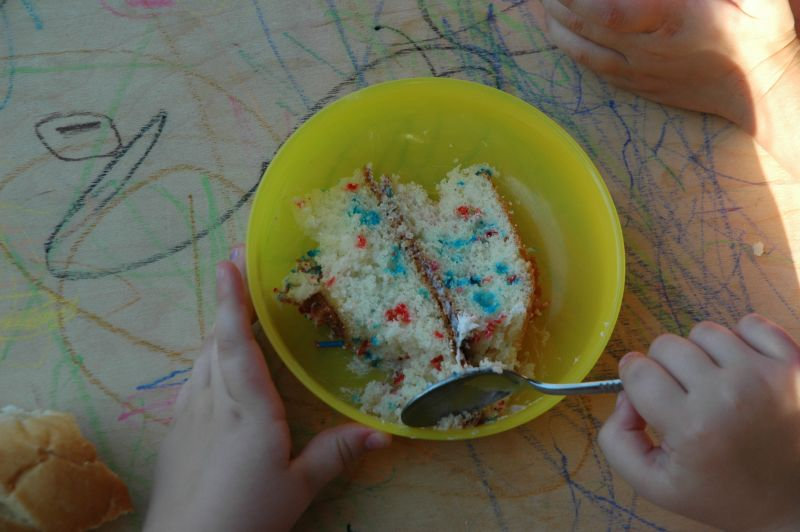 Red_white_and_blue_cake